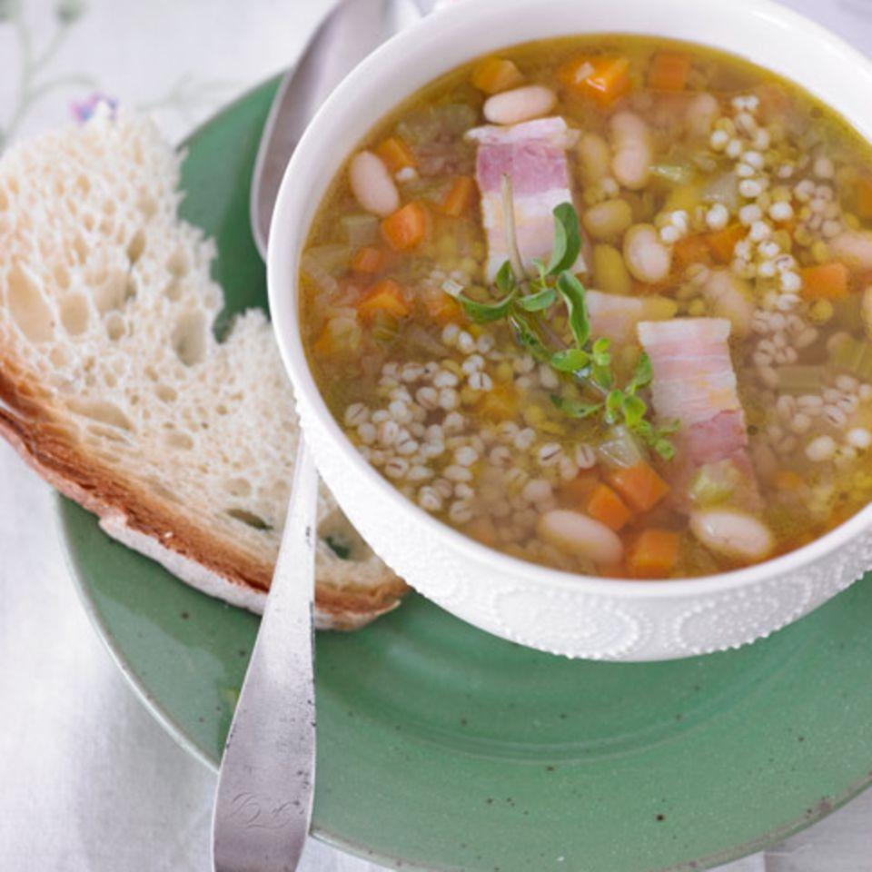 Rezepte: Suppen & Eintöpfe mit Speck