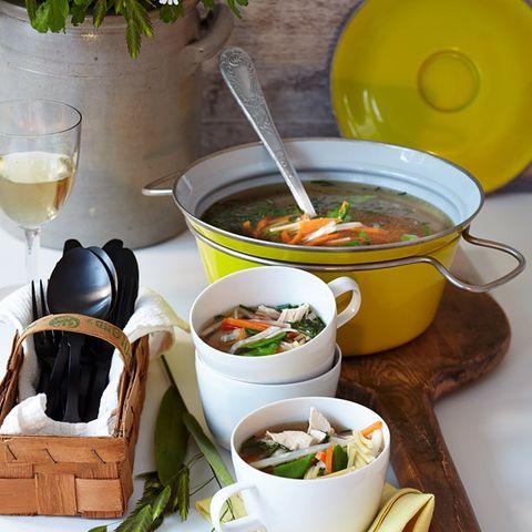 Suppen, Eintöpfe und Ragouts mit Hähnchen