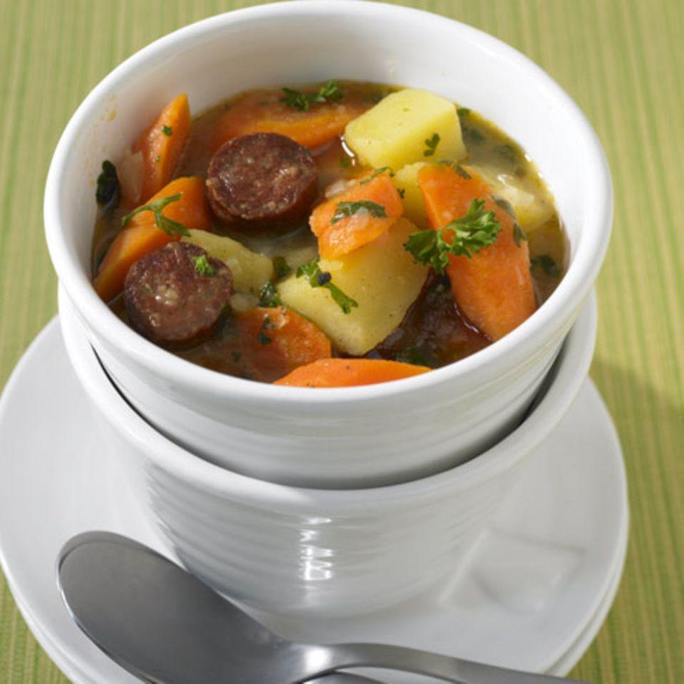 Rezepte für Suppen und Eintöpfe mit Wursteinlage