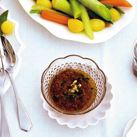 Dips und Pasten mit Olive