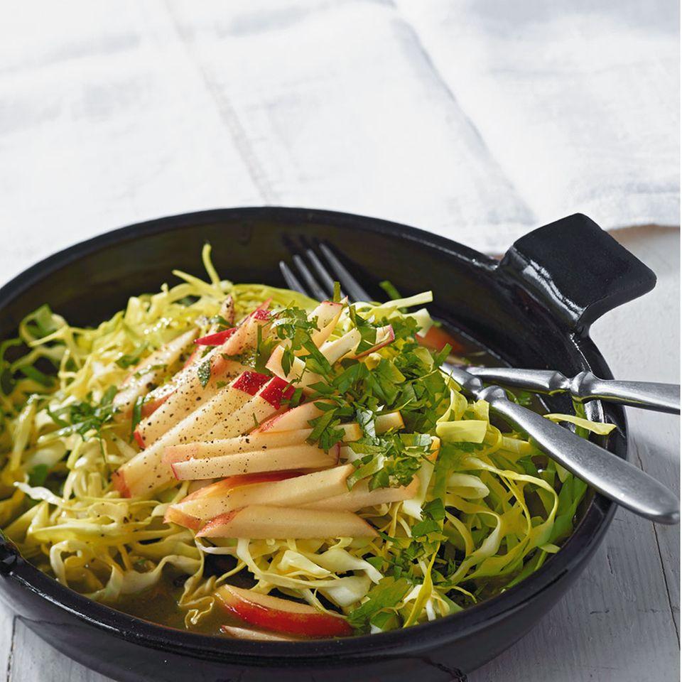 Salate mit Spitzkohl