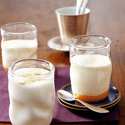 Drinks mit Joghurt und Milch