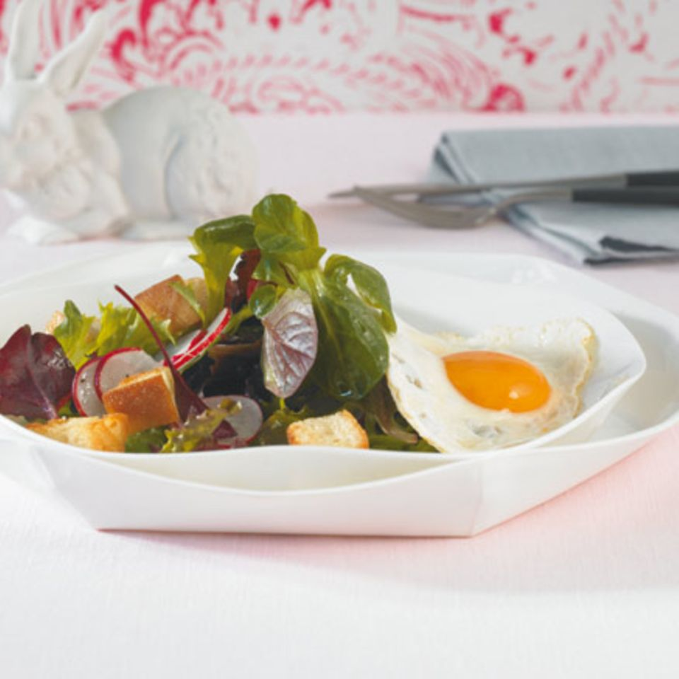 Salate mit Ei