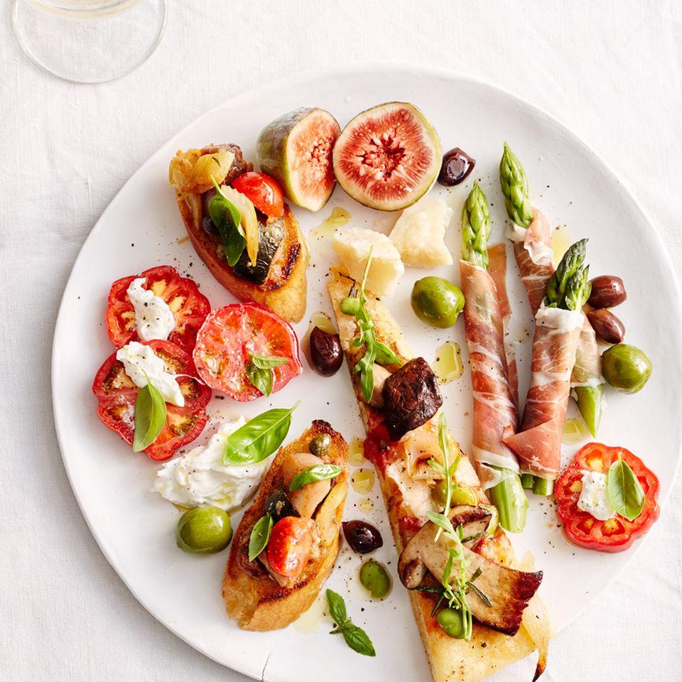 Antipasti-Buffet für Gäste