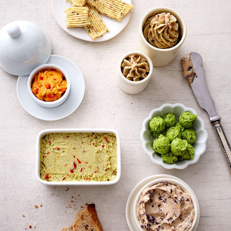 Kräuterbutter, Dips und Saucen fürs Raclette
