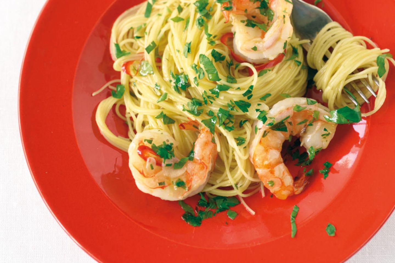 """Capellini """"aglio e olio"""" mit Garnelen Rezept"""