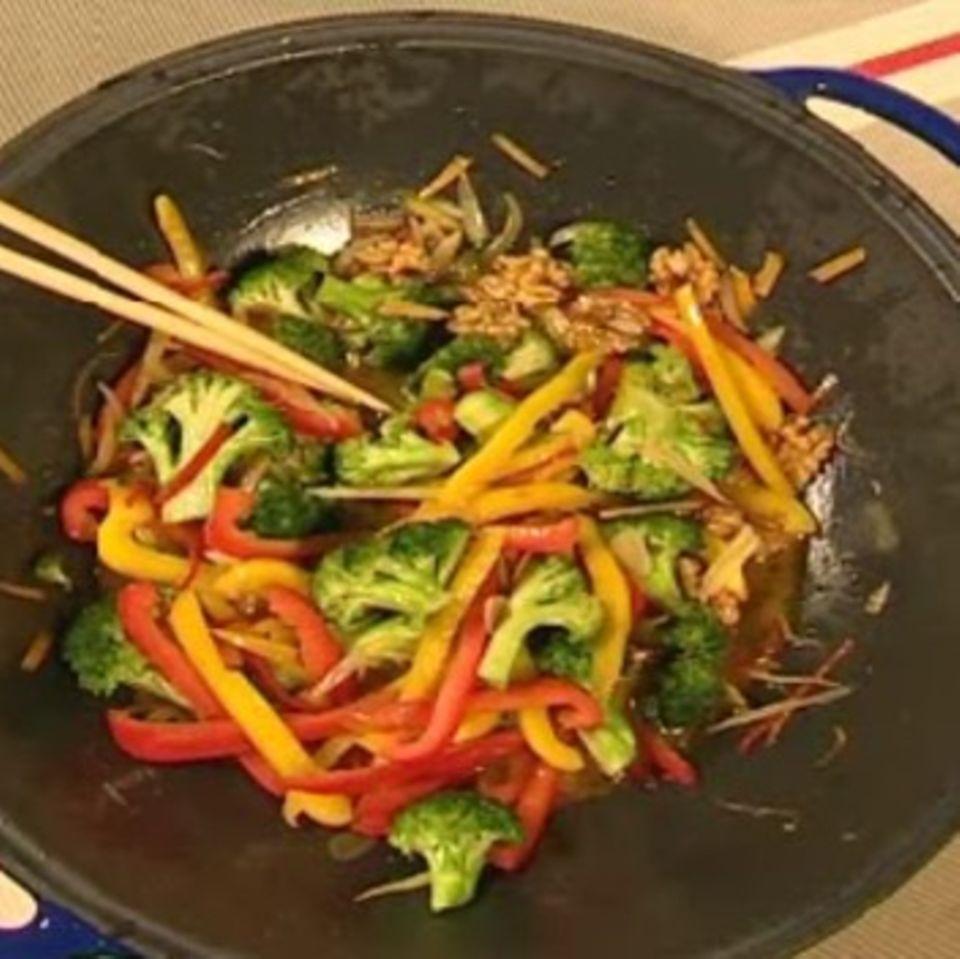 Broccoli-Paprika-Gemüse aus dem Wok