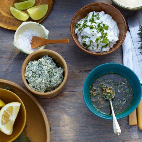 Kräuter in Dips und Saucen