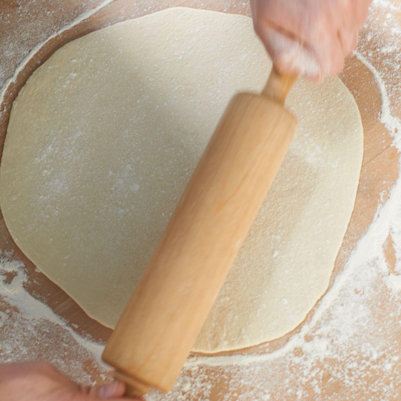 Pizza-Teig (Grundrezept)