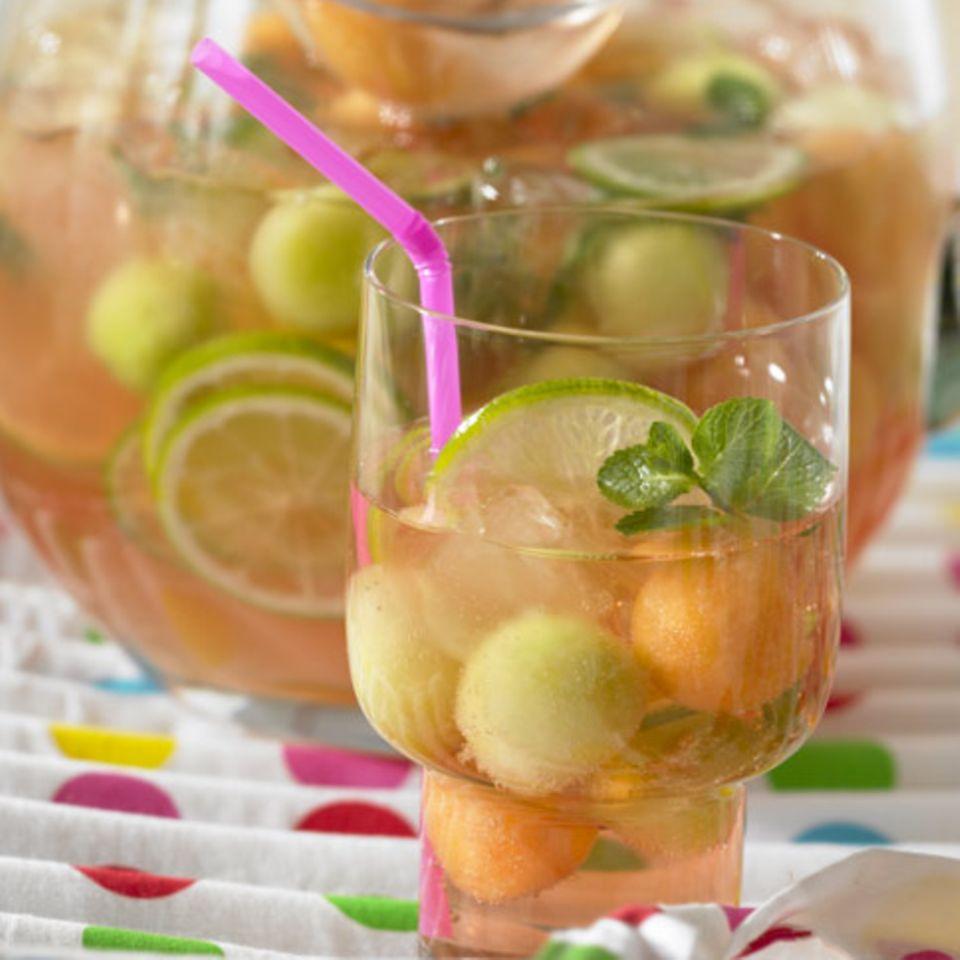 Minze: Rezepte für Drinks und Shakes