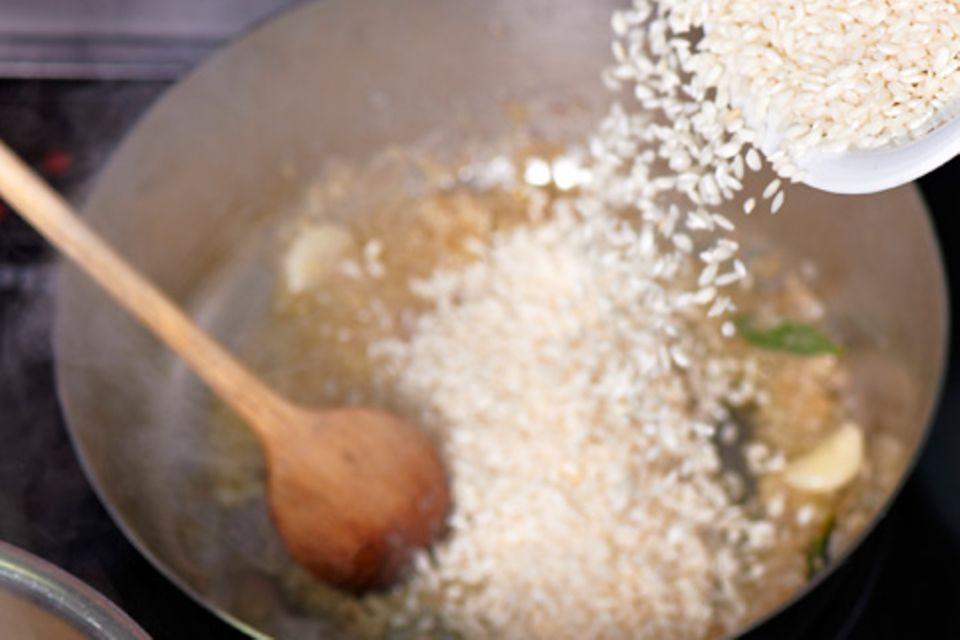 Pistazien-Risotto mit Sardellen und Zitronenschale
