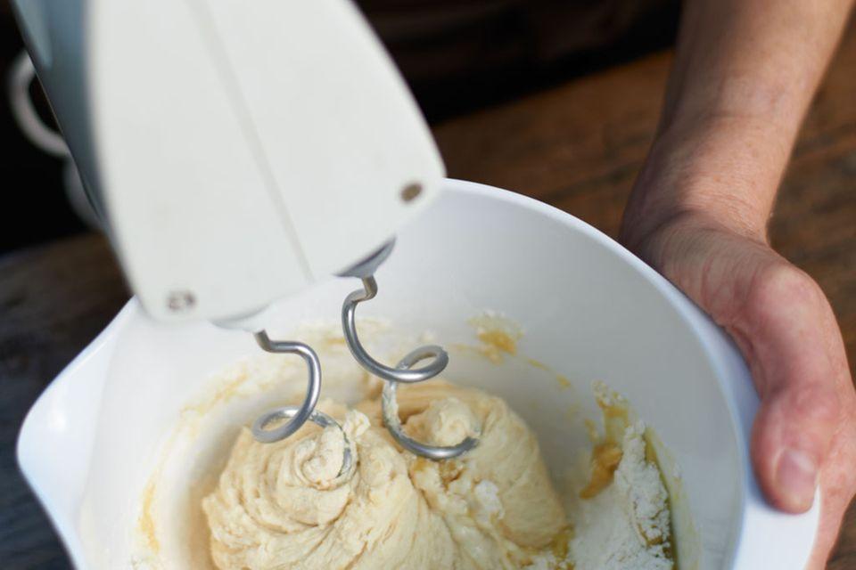Ziegenkäse-Lachs-Flammkuchen