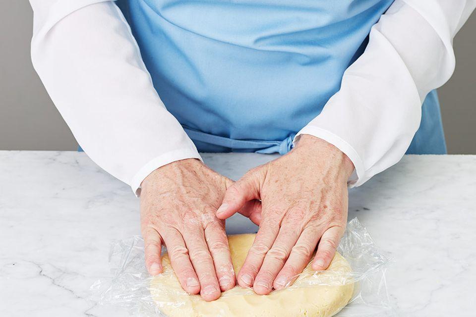 Mohn-Brombeer-Kuchen mit Streuseln