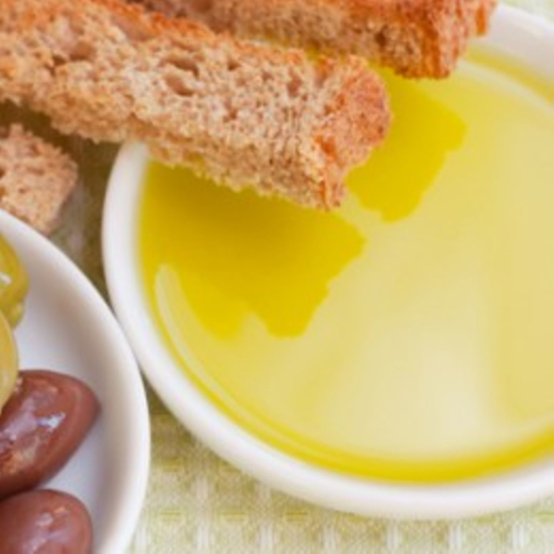 Schale Olivenöl