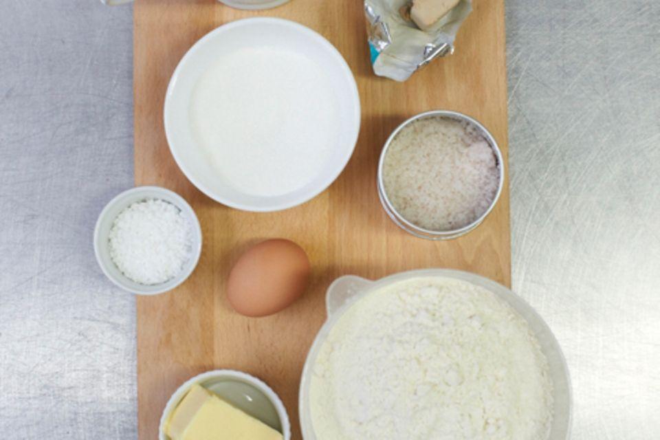 Hefezopf backen: Grundrezept & Tipps