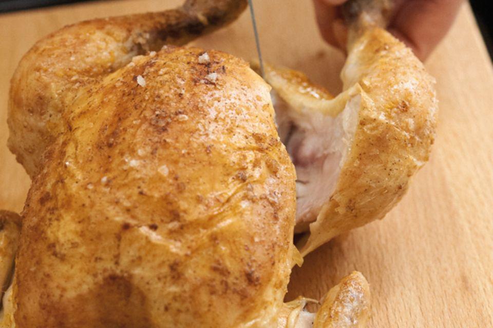 Wie tranchiert man eigentlich ein... Huhn?