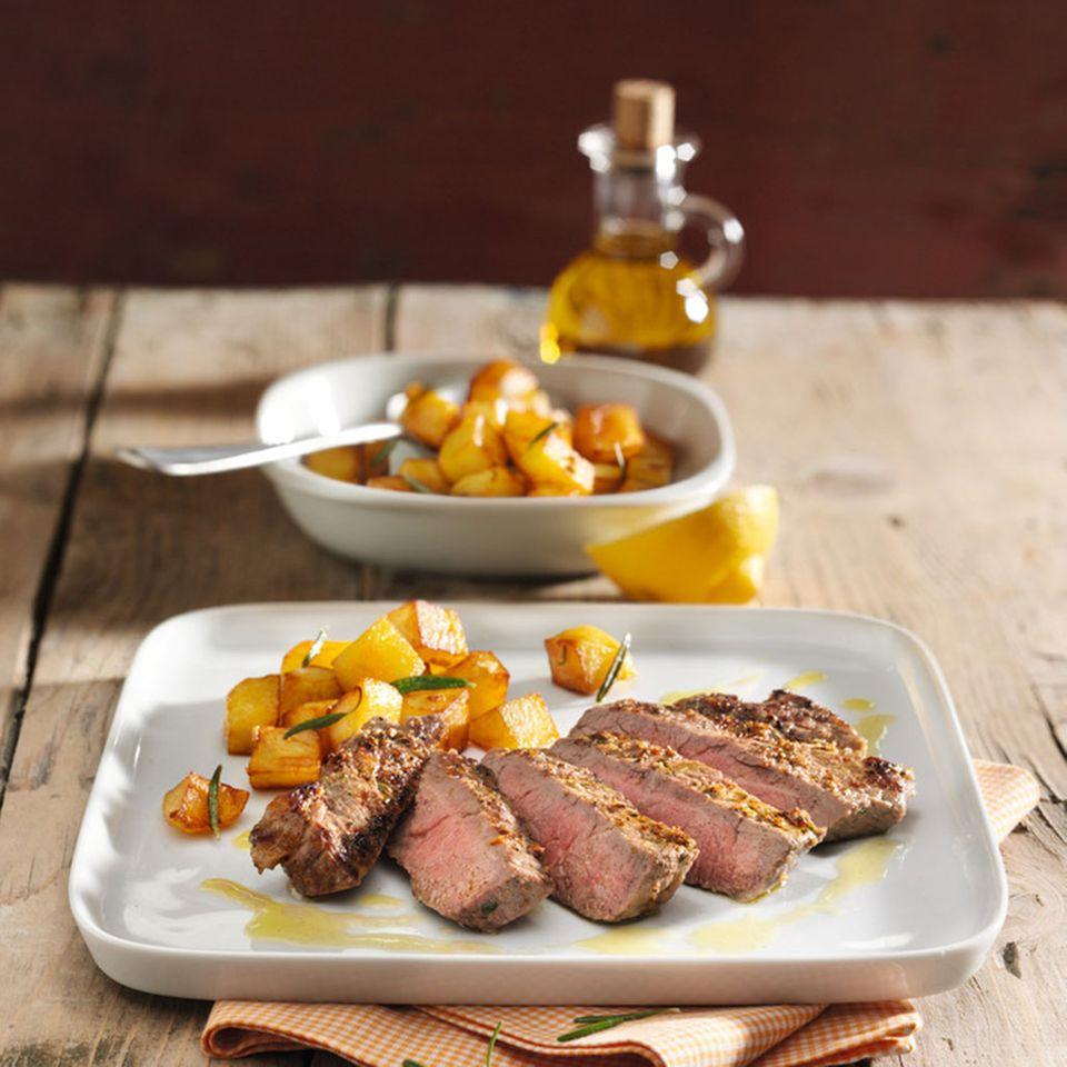 Rib-Eye-Steaks mit Knusperkartoffeln