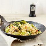 Chili und Sardellen machen die Pasta schön scharf und würzig. Klasse!