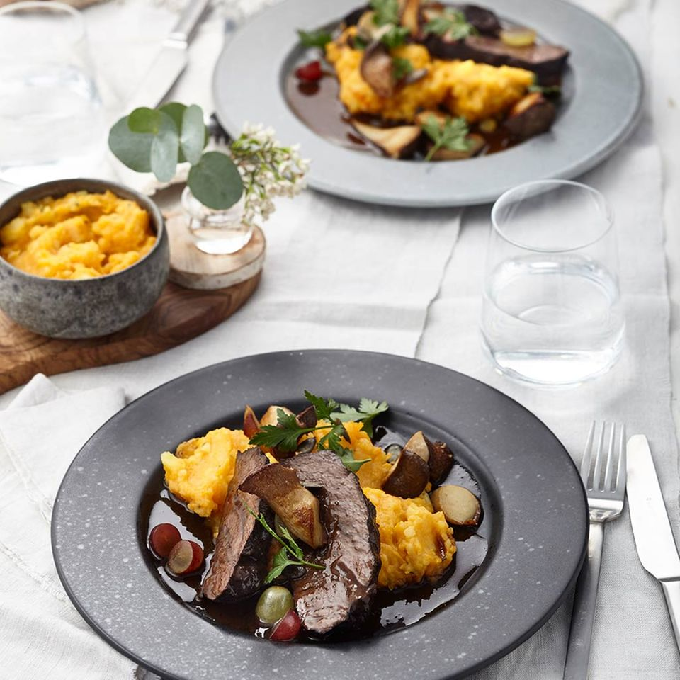 Kürbis-Kartoffel-Stampf und Kräuterseitlinge