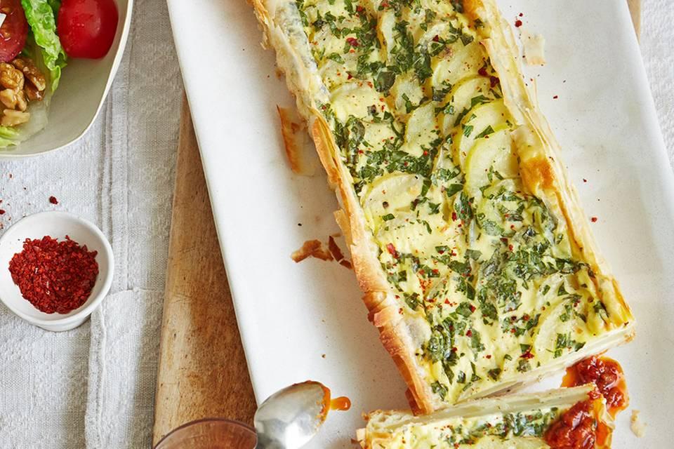 Kartoffel-Tarte mit Harissa-Dip Rezept