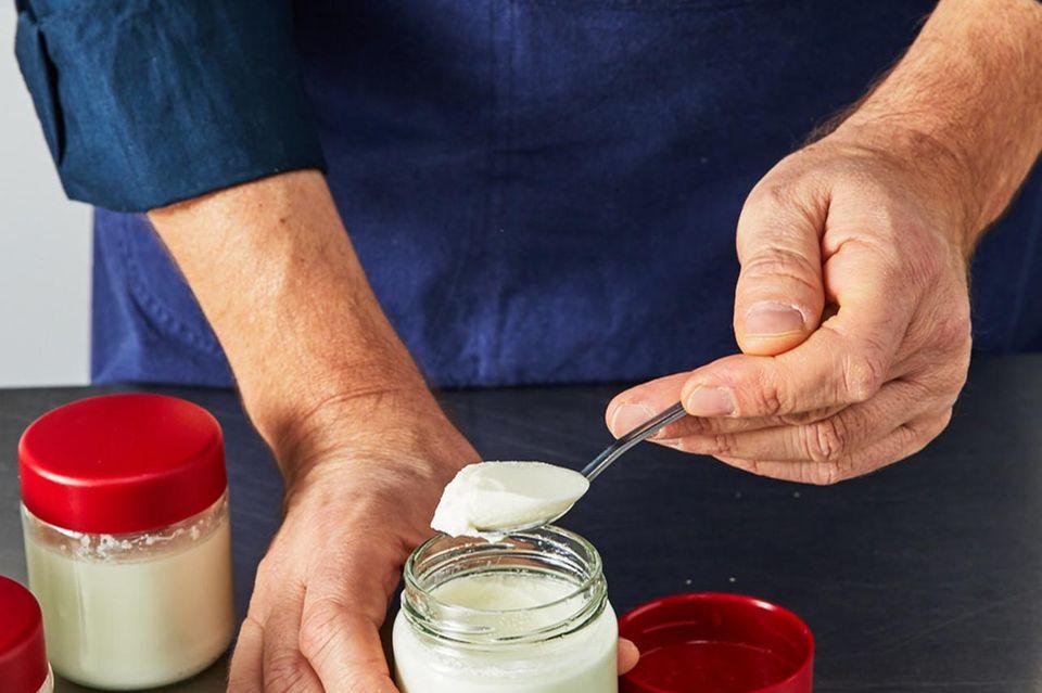 Wie macht man Joghurt Fertigstellen