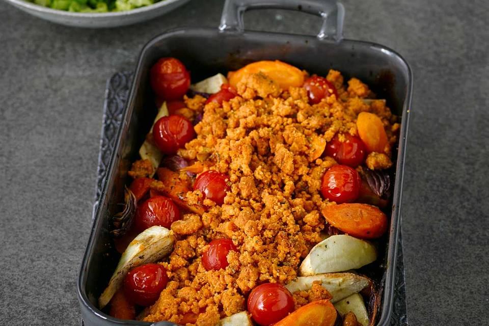 Gemüse-Crumble mit Endiviensalat Rezept