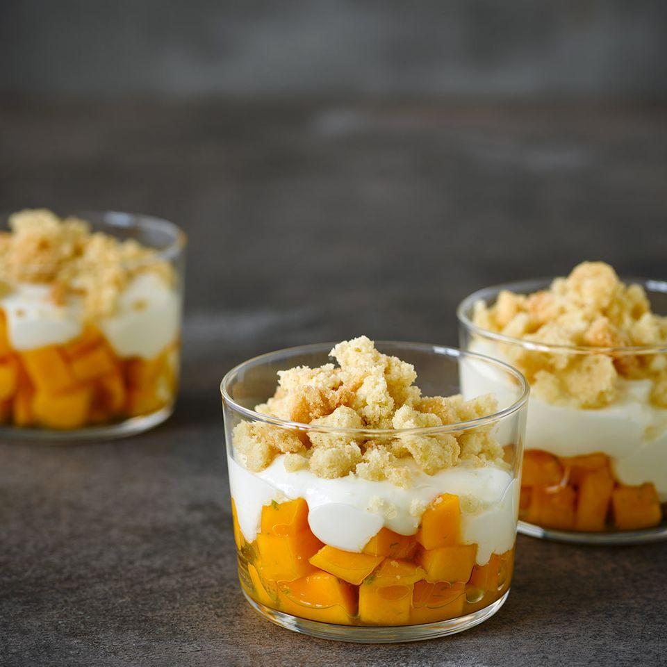 Mango-Trifle