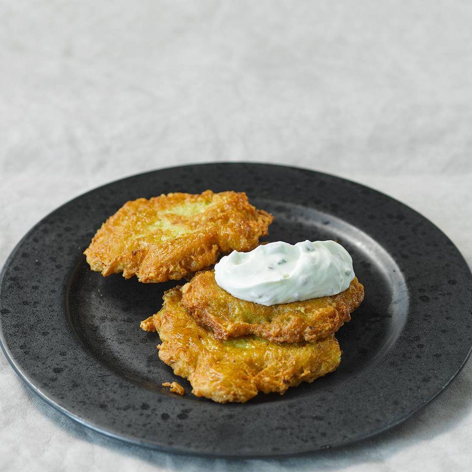 Kartoffelpuffer mit Kräuterquark