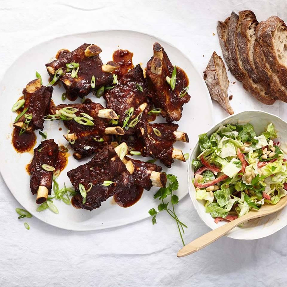 Spareribs mit Salat Rezept