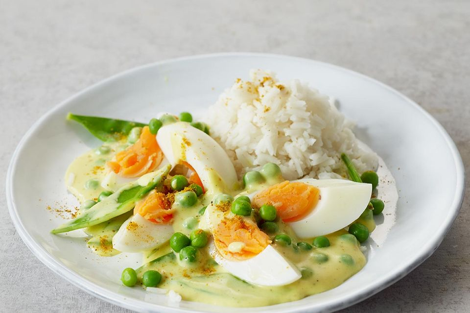 Eier in Currysauce