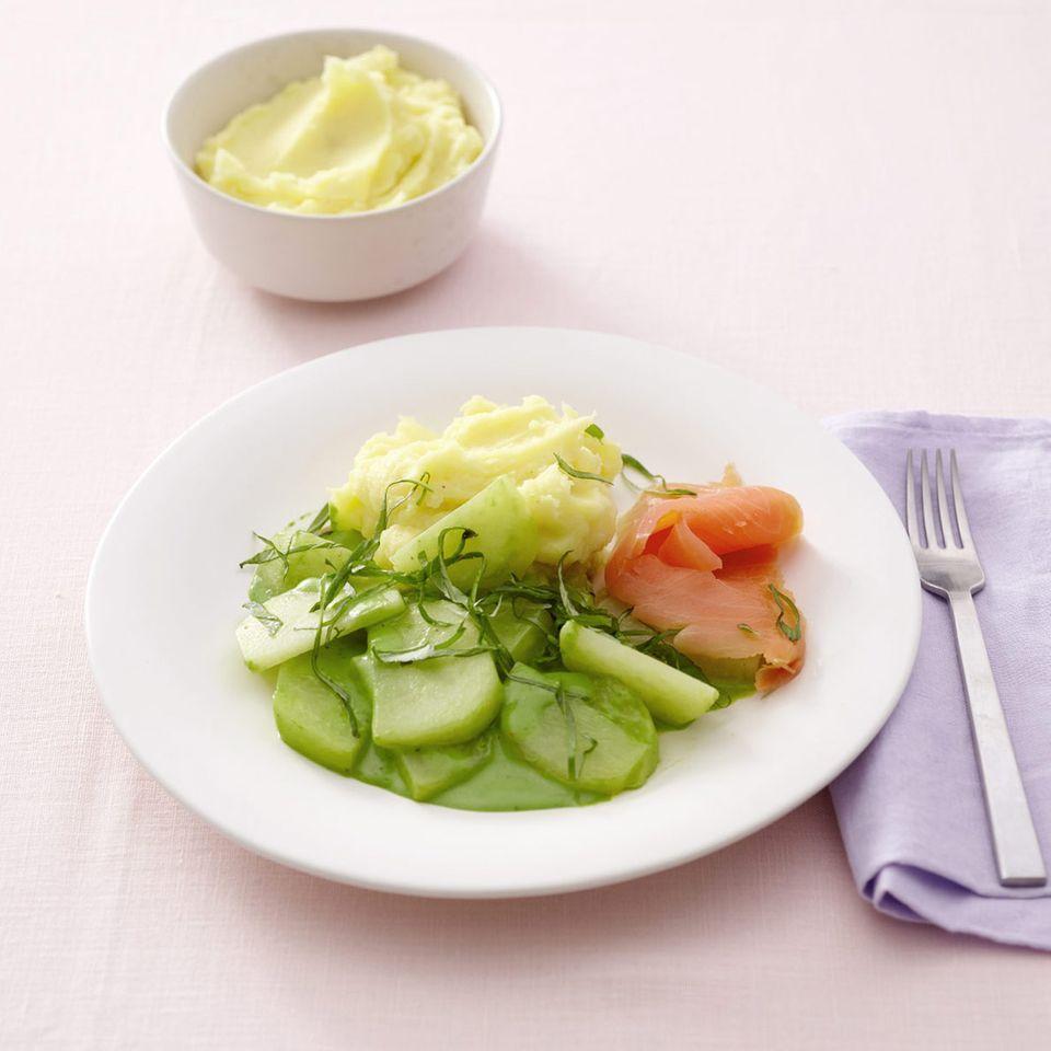 Kohlrabi mit Bärlauchrahm und Kartoffelpüree