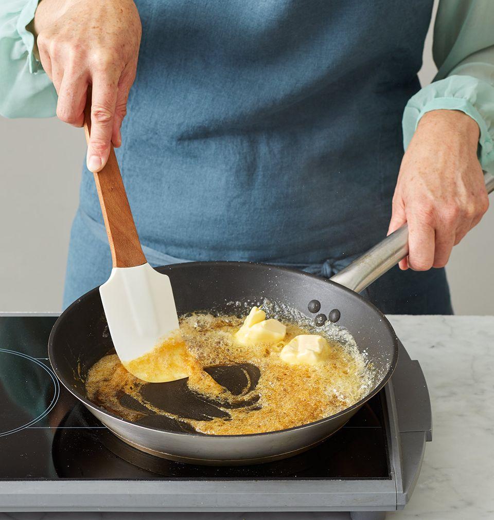 Pfirsichkuchen Melbar-Art Butter unterrühren