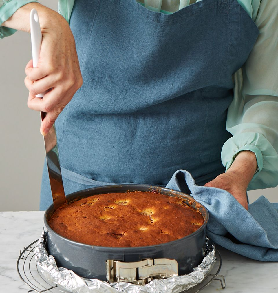 Pfirsichkuchen Melbar-Art Kuchen abkühlen lassen