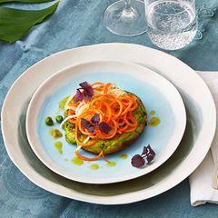 Avocado-Pancakes mit Rettich-Möhren-Spirelli