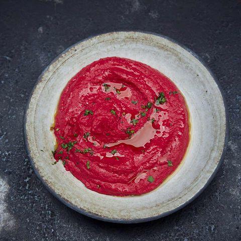 Roter Hummus