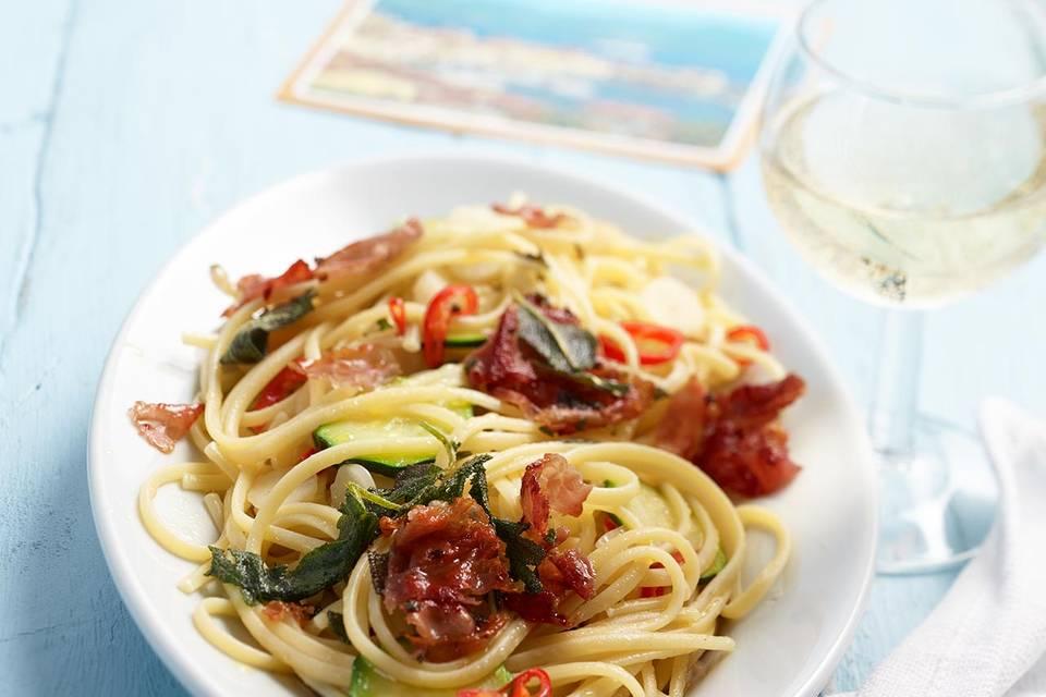Linguine aglio, olio e peperoncino Rezept