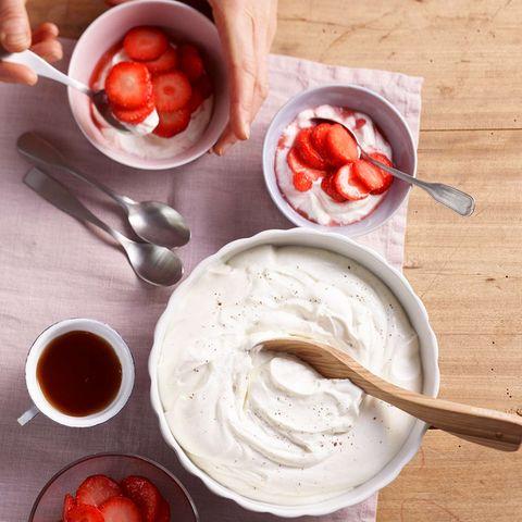 Vanillequark mit Erdbeeren