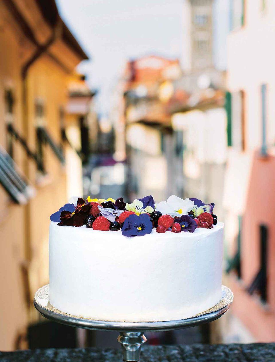 Veilchentorte aus Dolci,Tartes und zauberhafte Kuchen backen