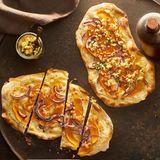 Kürbis-Flammkuchen mit Apfel-Kräuter-Häckerle für Thermomix ®