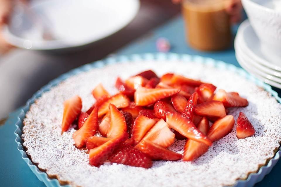 Mandelkuchen mit Erdbeeren Rezept