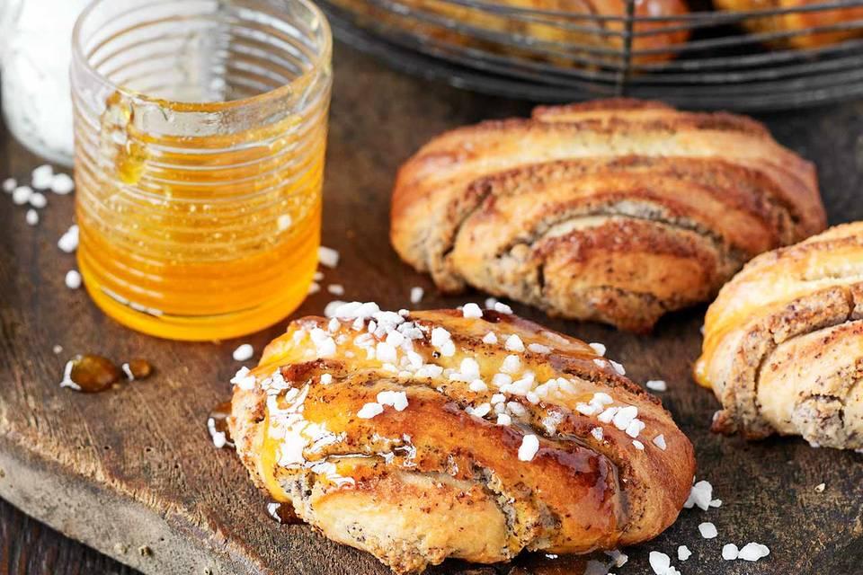 Franzbrötchen mit Mohn und Marzipan für Thermomix ® Rezept