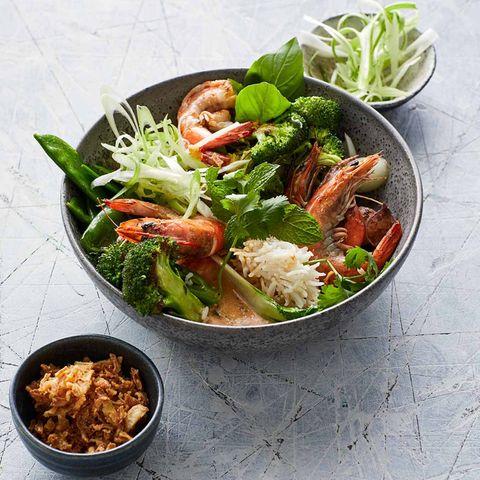 Garnelen-Curry und rote Currypaste
