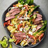 Steaksalat mit Roquefort