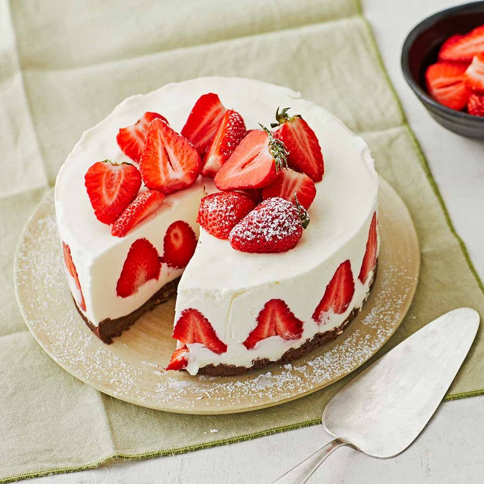 Erdbeer-Panna-cotta-Torte: Thermomix ® Rezept