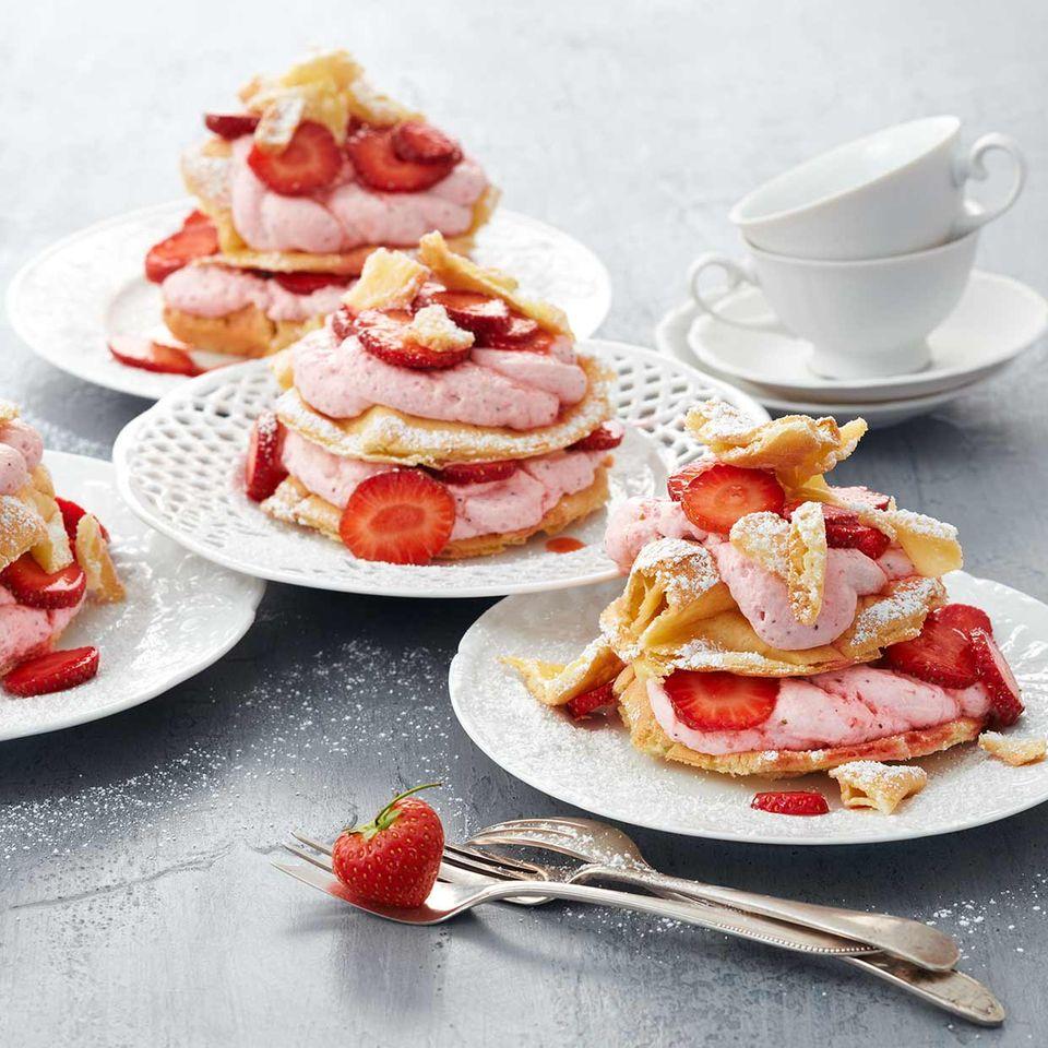 Erdbeer-Flockentörtchen: Thermomix ® Rezept