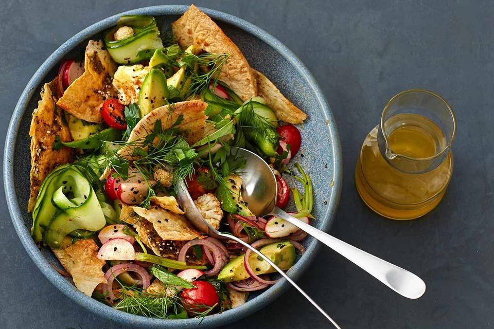 Gemüse-Brot-Salat Rezept