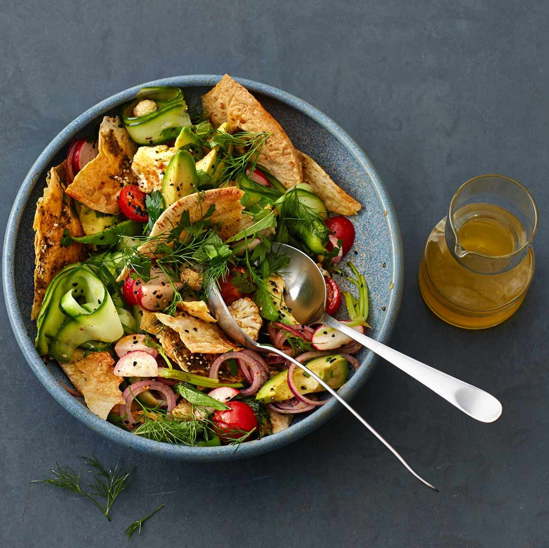 Gemüse-Brot-Salat