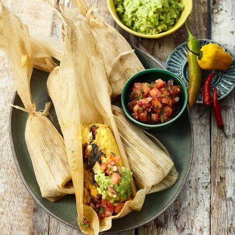 Tamales mit Spinat und Ei