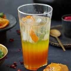Orangen-Safran-Drink
