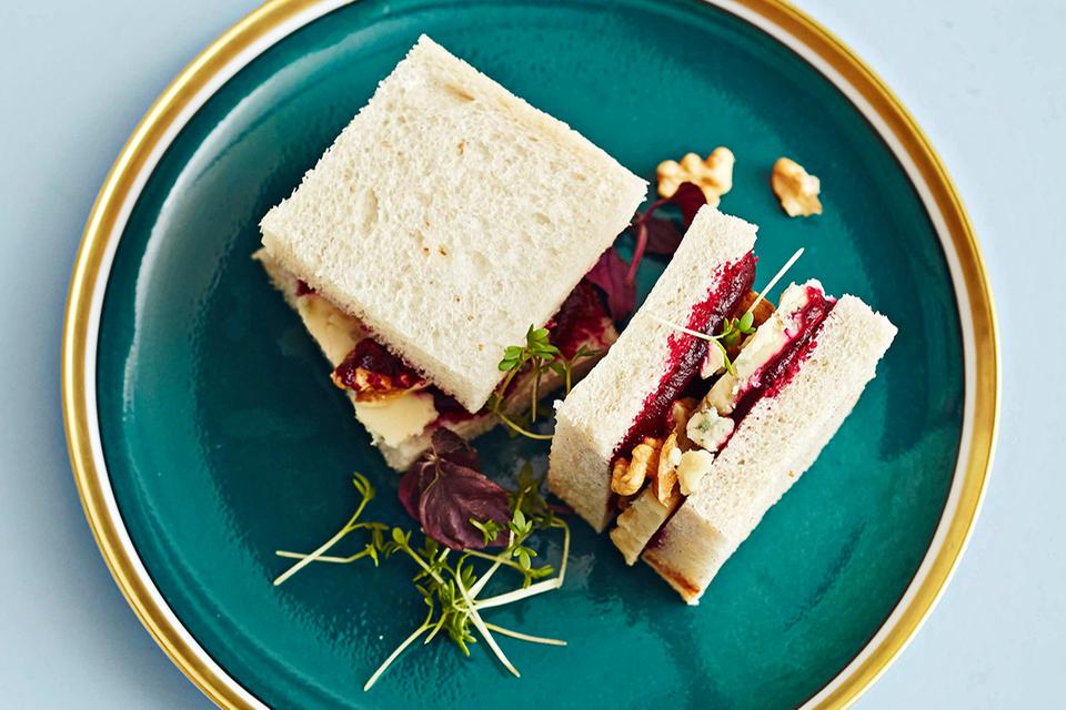 Sandwiches mit Roter Bete und Stilton Rezept